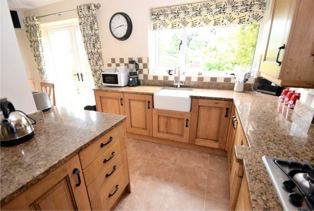 Dining kitchen (v...