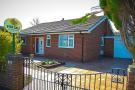 2 bedroom Detached Bungalow for sale in Pinders Grove, Wakefield