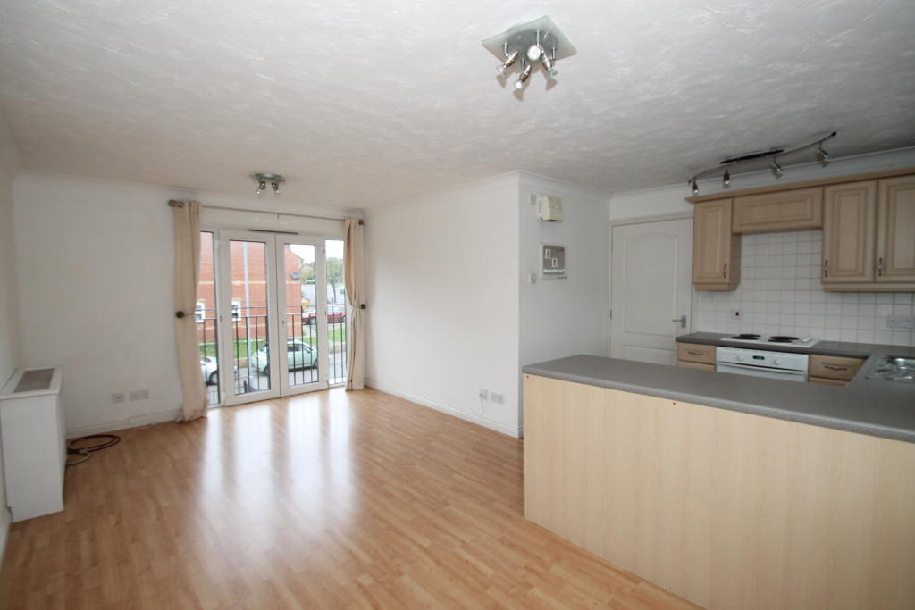 2 bed Flat to rent in Chigwell, IG7