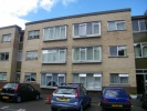 Flat in Long Oaks Court, Sketty...