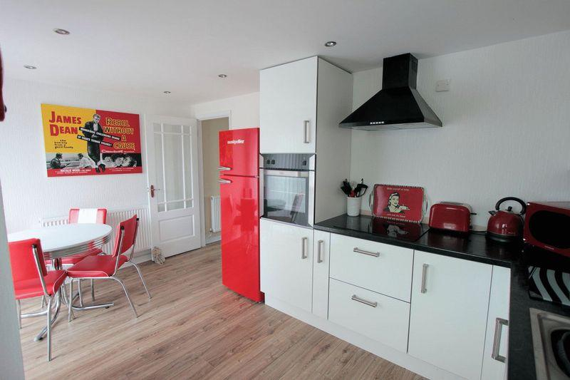 diner and kitchen