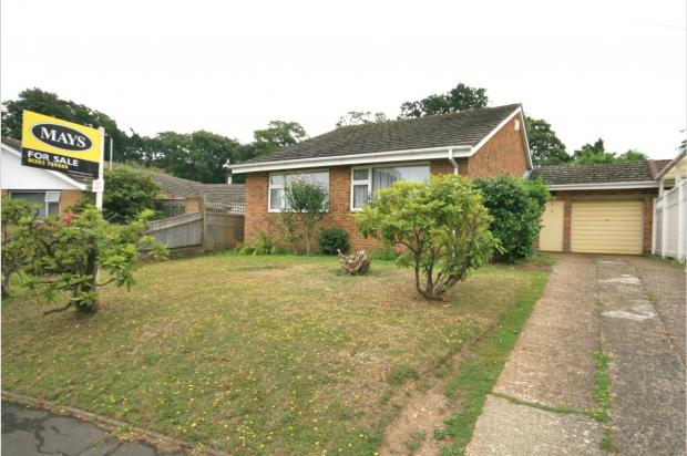 Broadwater Avenue, Lower Parkstone, BH14 8QY