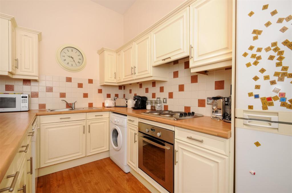 kitchen second view.
