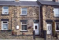 2 bed Terraced house for sale in Queen Street, Darfield