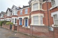 1 bedroom Apartment in Ravensbury Road...