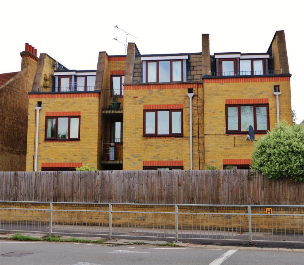 1 Bedroom Apartment To Rent In Field Court Wellington Road Wimbledon Park Sw19