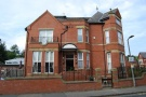 5 bedroom End of Terrace house to rent in Walmersley Road, Bury...