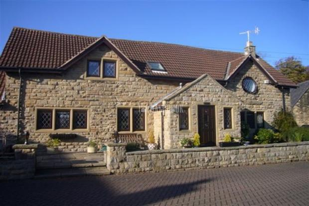 3 Bedroom Property For Sale In Top Farm College Road
