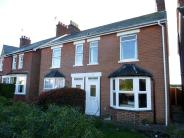 2 bed house to rent in Station Road...