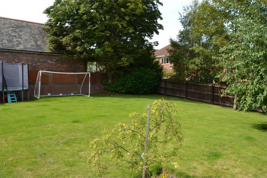 4 bedroom detached house for sale in chester road buckley for Buckley house