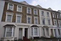 Maisonette to rent in Vant Road, Tooting...