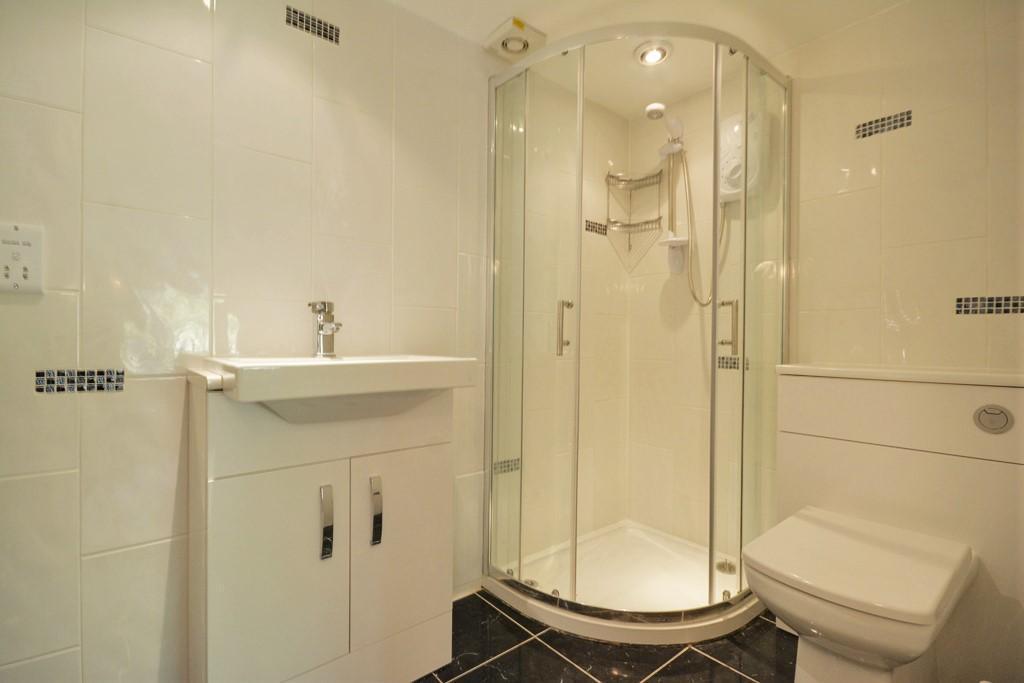 Basement Bedroom 2 En Suite