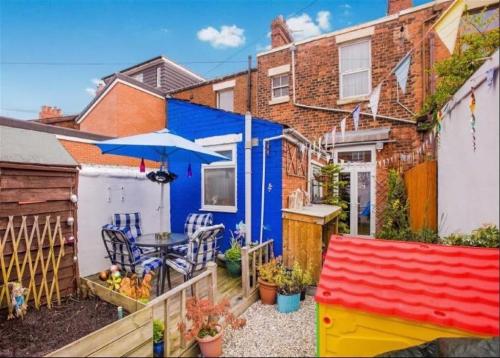 Courtyard Garden to