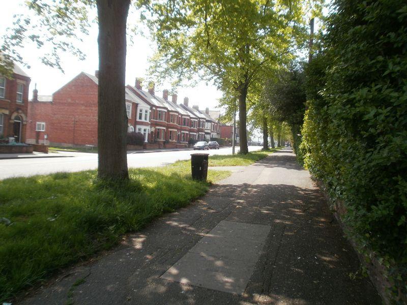 Walkway along Badby