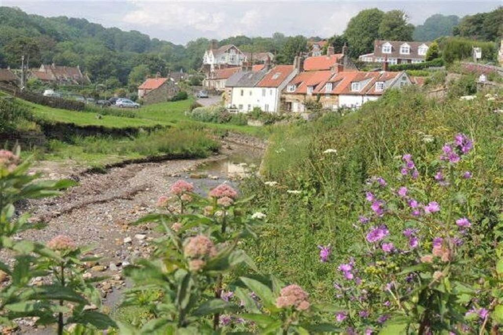 2 bedroom cottage to rent in Low Row, Sandsend, Whitby ...