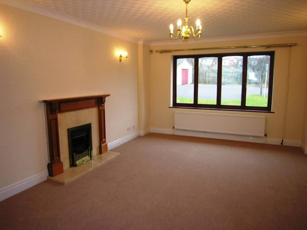 Room To Rent With Bathroom In Wakefield