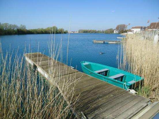 Shared pontoon...