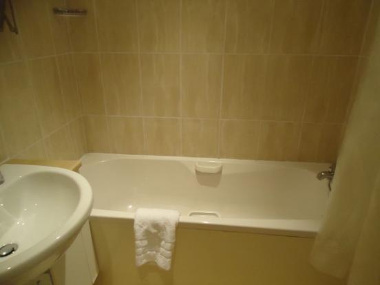 Family bathroo...