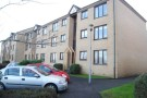 Ground Flat to rent in Castle Court...