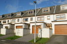 Town House to rent in Newabbey Road, Gartcosh...