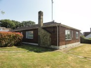 Detached Bungalow in The Fairway, Leigh On Sea