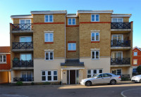 Apartment for sale in Collier Way...