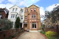 6 bedroom semi detached property for sale in Underhill Road...