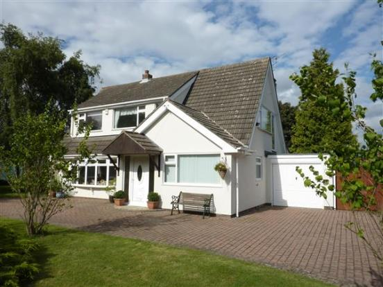5 Bedroom Detached House For Sale In Pelham Avenue Scartho Grimsby Dn33