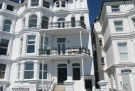 Flat to rent in Flat 3,  South Cliff...