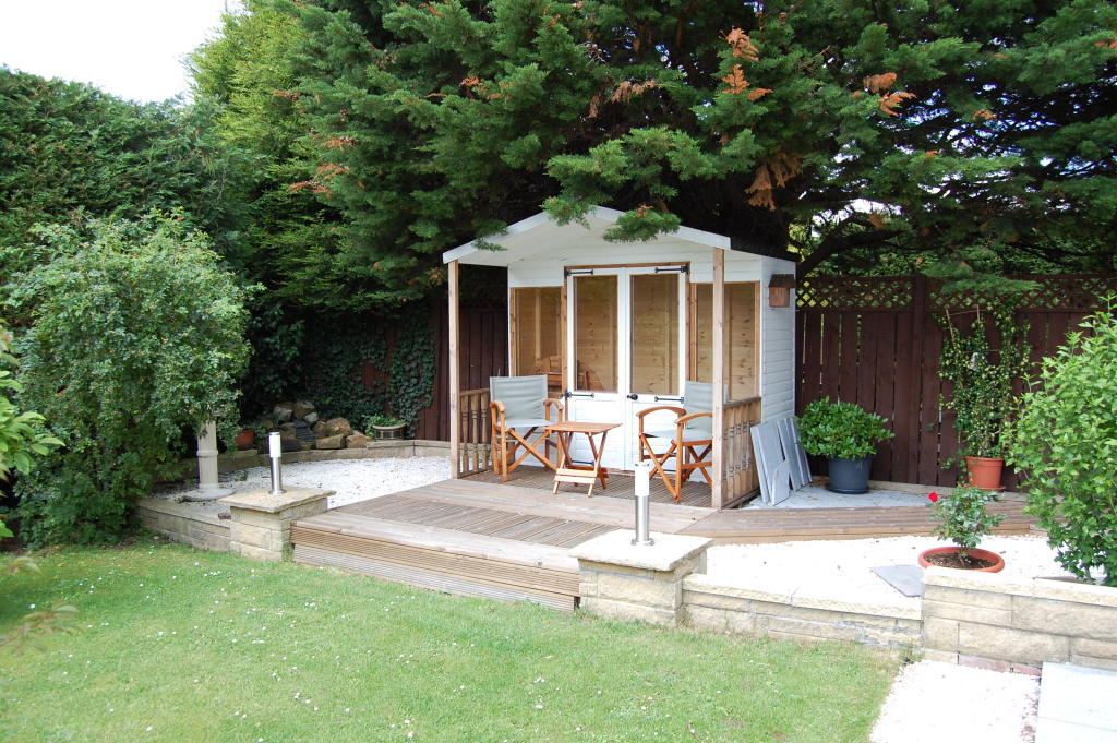 Click to see a larger image for Garden decking ideas uk