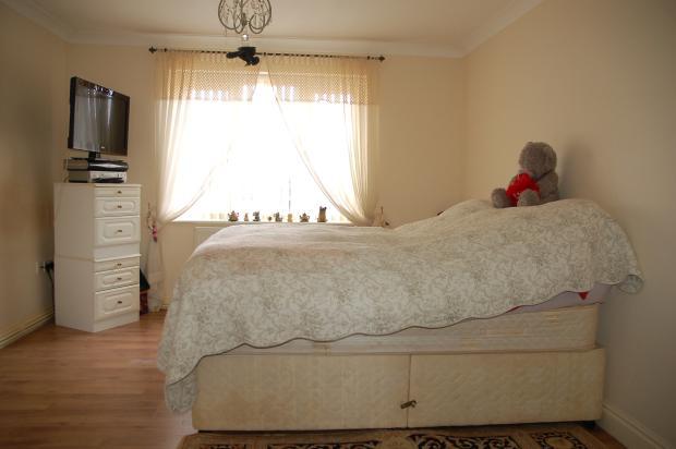 G/Flr Master Bedroom