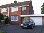 semi detached house to rent in Heather Road...