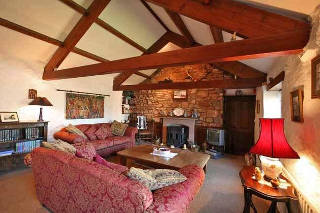 Cottage Sittin...
