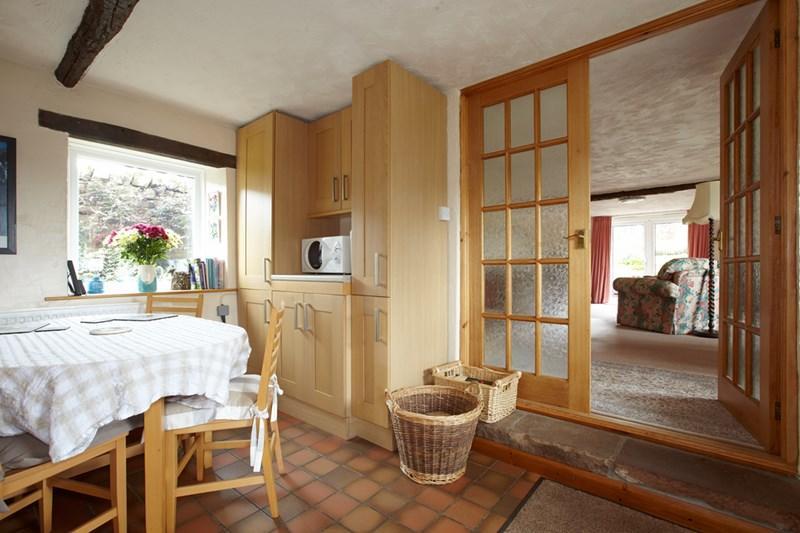 Kitchen / sitt...