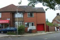 Apartment to rent in (the Studio)denbigh Road...