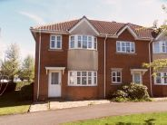3 bedroom semi detached property to rent in Frenchs Gate, Dunstable...