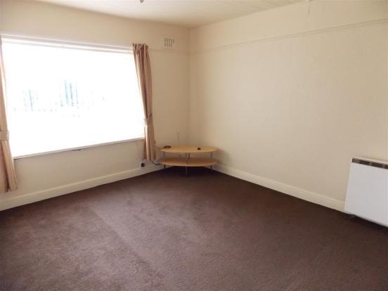2 Bedrooms: