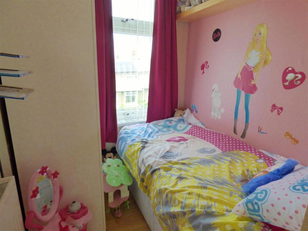 Listers Bedroom Furniture 3 Bedroom Semi Detached House For Sale In Lister Avenue East