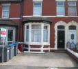Studio flat in Hesketh Avenue...