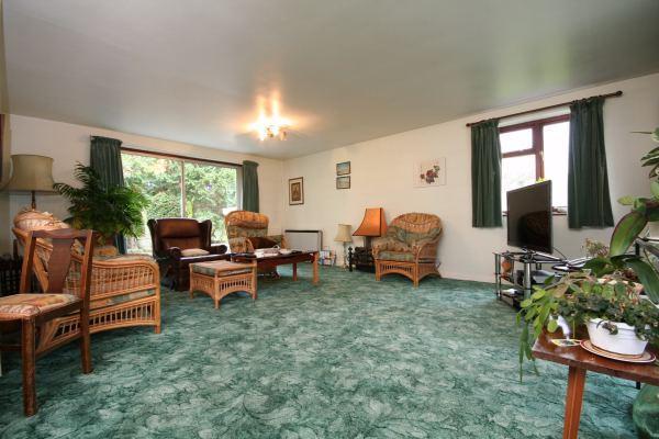 Sitting Room (2)
