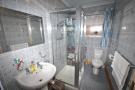 Apt 1 Shower room
