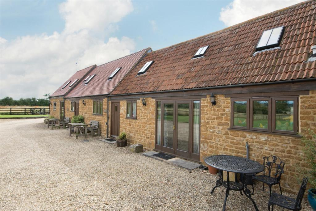 Holiday Cottages.jpg