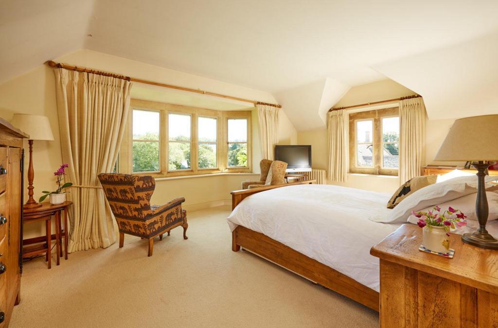 KP Bedroom.jpg