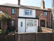 2 bed Cottage for sale in THATCHAM, Berkshire