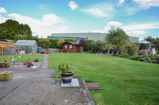 Rear Garden (3).jpg