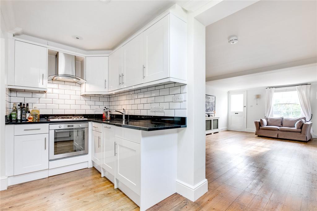 Kitchen/Receptionn
