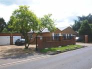 Detached home in Barnet Road, Arkley