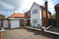 4 bed Detached house in Boundary Close...