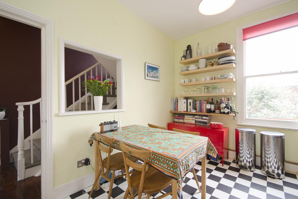 Kitchen (Reverse)
