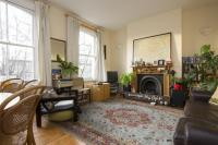 Flat to rent in Greenwood Road, London...